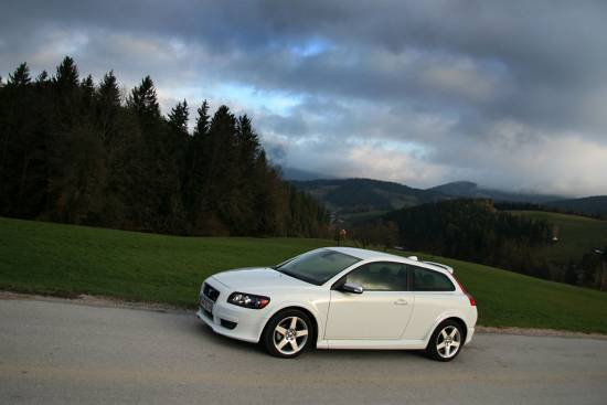 Volvo C30 2,0D powershift R-design